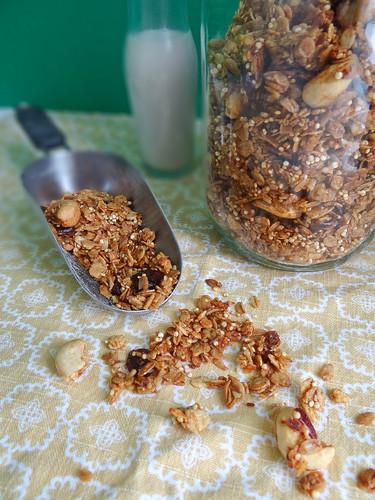 persimmon granola