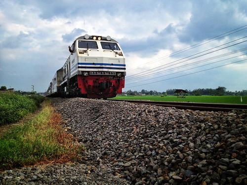 train landscape keretaapi uploaded:by=flickrmobile flickriosapp:filter=nofilter wlingiblitar
