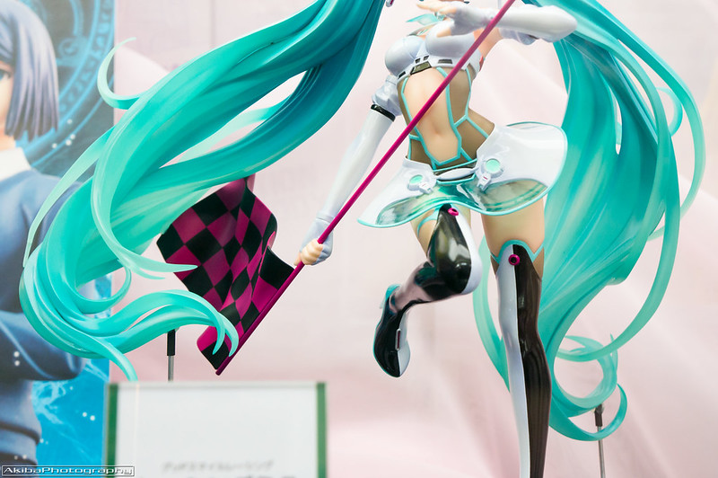 Freeing_Racing_Miku_2012#4
