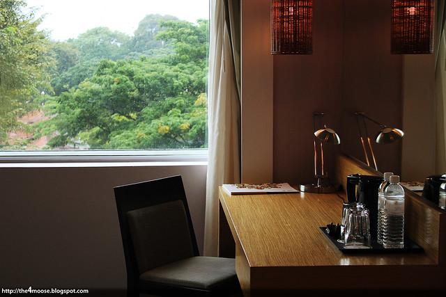 Changi Village Hotel - Twin Room