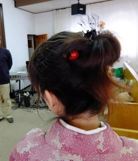 髪は、適当に自分でしました。。。髪飾りは、妹の成人式の物の一部かな?? - バージョン 2