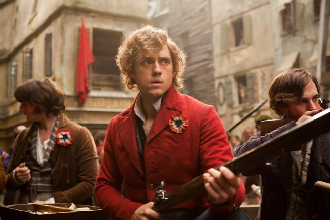 Aaron-Tveit-Les-Mis_WorkingTitleFilms.jpg.644x640_q100