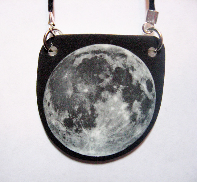 1.15.13 moon necklace