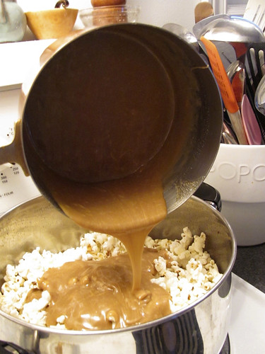 Cooking Light's Peanut Butter Caramel Corn