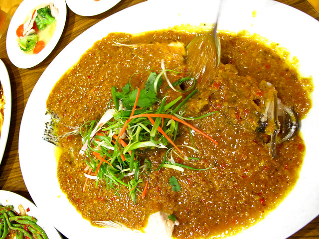 IMG_0119 Fish in galangal and turmeric sauce, 黄姜,蓝姜鱼