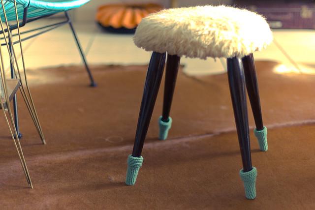 chaussettes pour meuble
