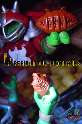 """MUTANT EXTREME SEWER SPORTS"" TEENAGE MUTANT NINJA TURTLES :: M.E.S.S. RAPH ix / IR-REGULATION FOOTBALLS  (( 2006 ))"