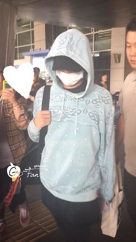 Big Bang - Incheon Airport - 28sep2015 - GD Fan - 02