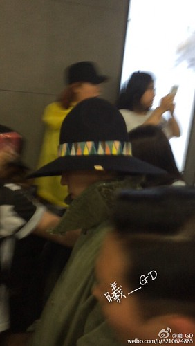 Big Bang - Gimpo Airport - 20may2015 - G-Dragon - 曦_GD - 0