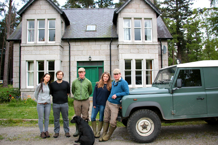Couchsurfing - Staying with fly fishing guides in Scotland