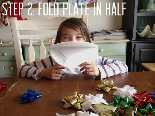 making gift bow wreaths