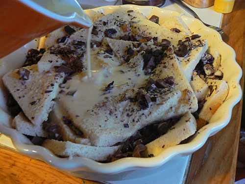 chocolate bread and butter puddin2.jpg