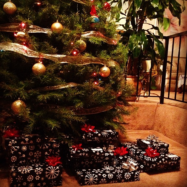 Black gift wrap. Majority of the ppl in my Christmas list Checked off! 3 more!