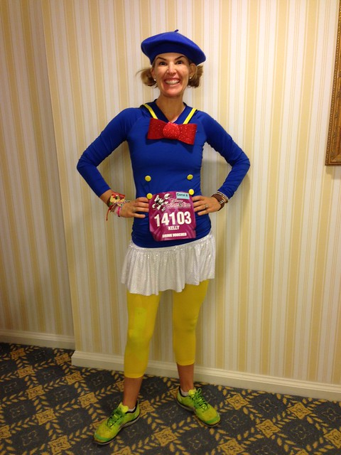 Kelly @according2kelly ready to run Disney's Wine and Dine Half Marathon as Donald Duck.