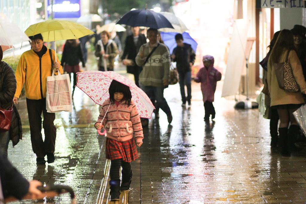 Onoedori 8 Chome, Kobe-shi, Chuo-ku, Hyogo Prefecture, Japan, 0.013 sec (1/80), f/1.8, 85 mm, EF85mm f/1.8 USM