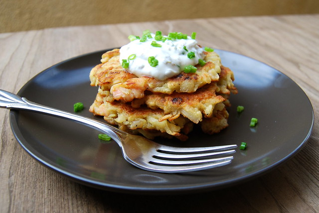 Smoked Salmon Latkes served with a Lemon & Caper Soured Cream | www.rachelphipps.com @rachelphipps