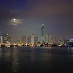 2012-12-27-6519 荃灣,夜,月光,如心廣場! 水上之城 City out of water