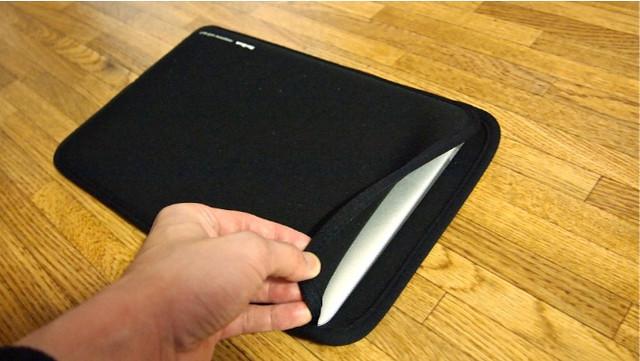 SANWA SUPPLY Mac Book Air用プロテクトスーツ(11.6インチワイド) IN-MAC11BK_2