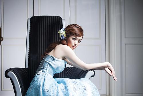 [フリー画像素材] 人物, 女性 - アジア, ワンピース・ドレス ID:201301110800