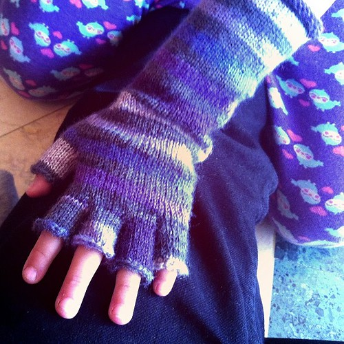 I finished #knitting the first glove.