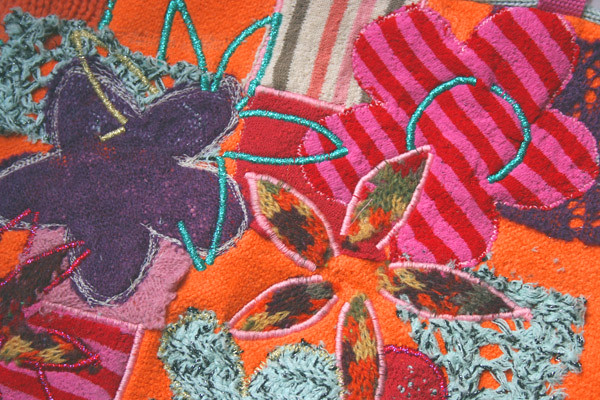 Textile design for sewing crafts to recycle old clothes for Fabric arts and crafts ideas
