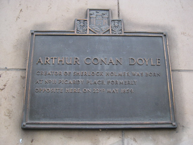 Photo of Arthur Conan Doyle bronze plaque