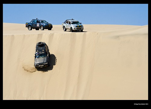 car desert rally motorbike moto desierto dakar coches ica paracas perú dakar2013