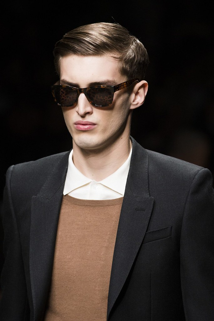 FW13 Milan Burberry Prorsum051_Charlie France(VOGUE)