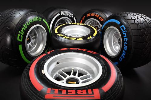 PIRELLI_F1_TYRES_RANGE\\Pirelli_Formula 1_2013_4