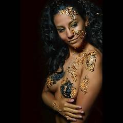 Golden Skin. Model: Selene Muah: @susana.delarosa.733 Muah assistant: @albags_makeup photo by @fmfotografo #beauty #beautiful #makeup #portrait #hair #stylist #girl #photoshoot #model #portrait #gold #skin #body #bodyart #bodypaint