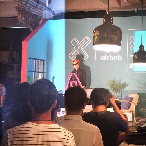 G-Dragon - Airbnb x G-Dragon - 20aug2015 - aadesignmuseum - 01