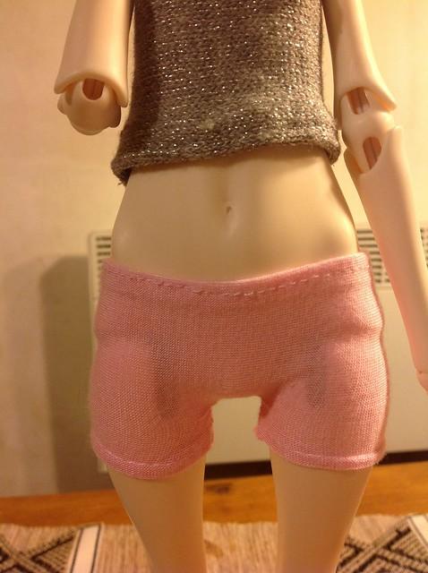 Couture pour la dollchateau Bella  8259648106_a1dcd61b87_z