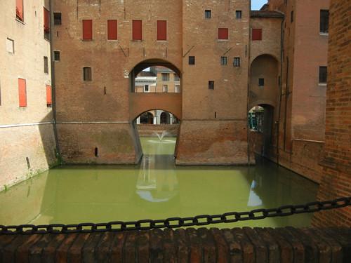 DSCN4083 _ Castello Estense, Ferrara, 17 October