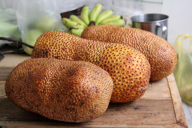 8263422864 f5e46872ce o Exotic Fruit: Southeast Asian Cempedak