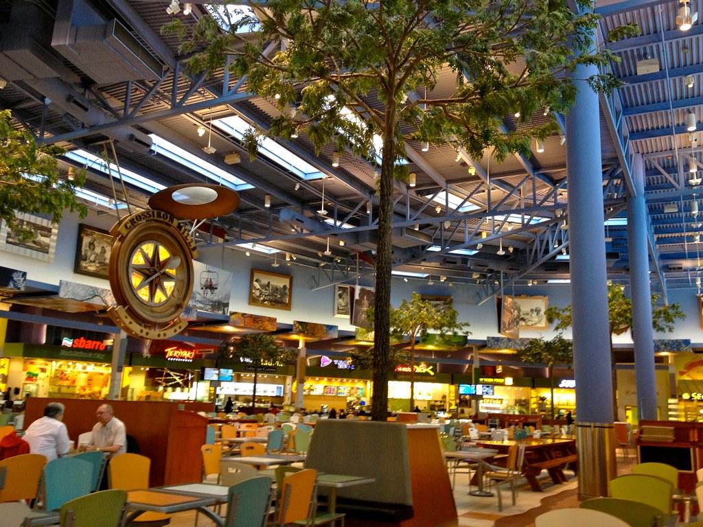 Chinook Food Court