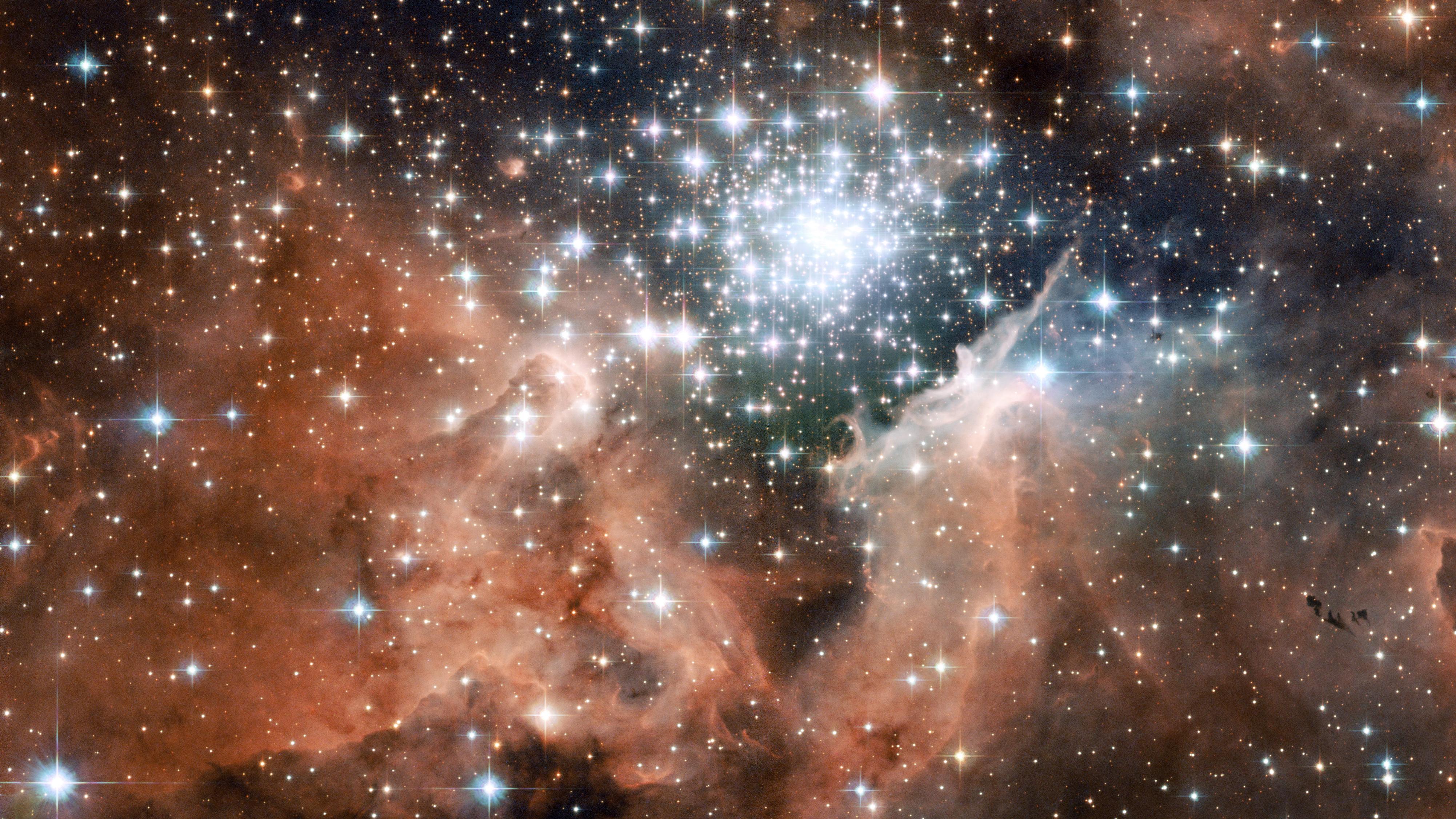 Resultado de imagen de En la imagen podemos contemplar  lo que se clasifica NGC 3603,  es un cúmulo abierto de estrellas en una vasta región estelar