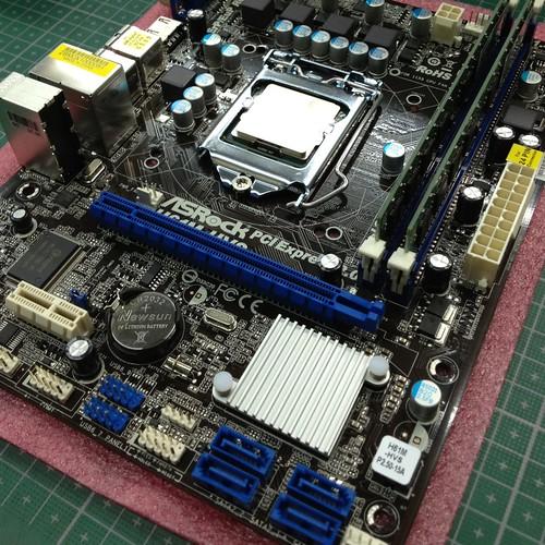 H61M-HVSにメモリとCPUをセット by haruhiko_iyota