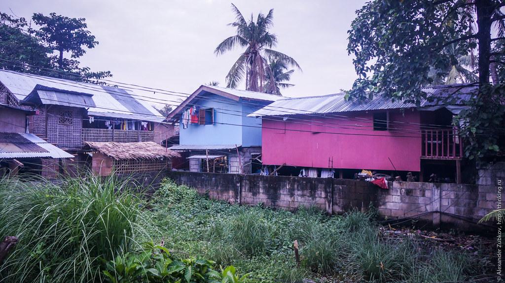 Местные жители на острове Боракай