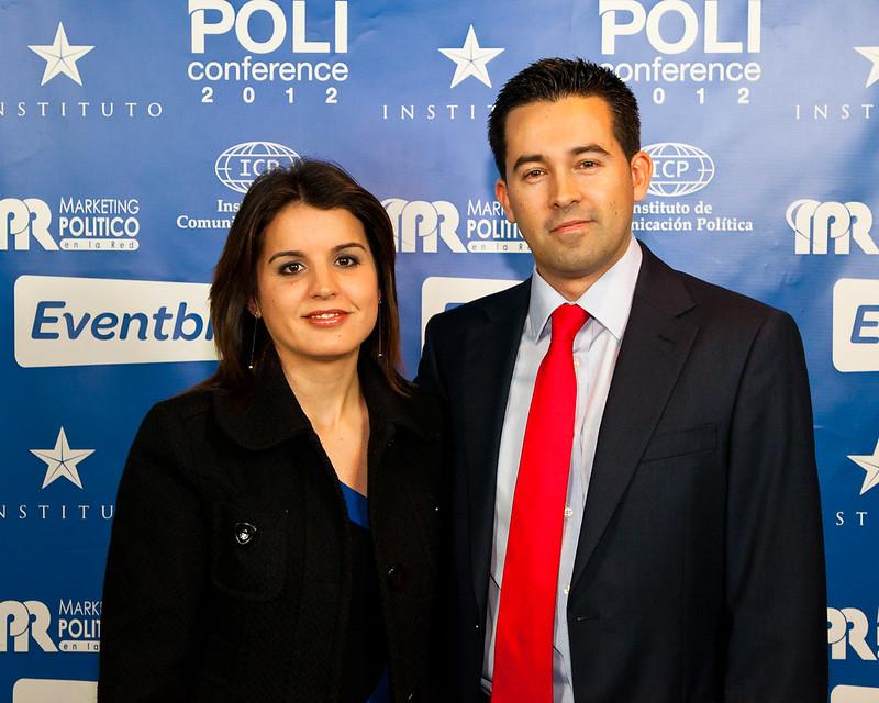 Juan Diego Sánchez con su Sra. esposa