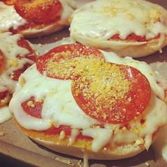 pizza cheese(0.0), pizza(0.0), crumpet(0.0), syrniki(0.0), breakfast sandwich(0.0), meal(1.0), breakfast(1.0), food(1.0), english muffin(1.0), dish(1.0), cuisine(1.0), pepperoni(1.0),
