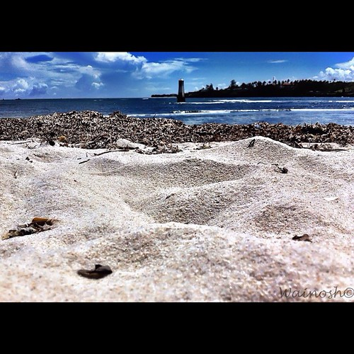 ocean africa blue beautiful sand warm waves kenya indianocean sunny wishyouwerehere mombasa skyporn nowinter oceanporn iphoneartist iphonesia iphone4only uploaded:by=flickstagram instagram:photo=32013439909043576510317760