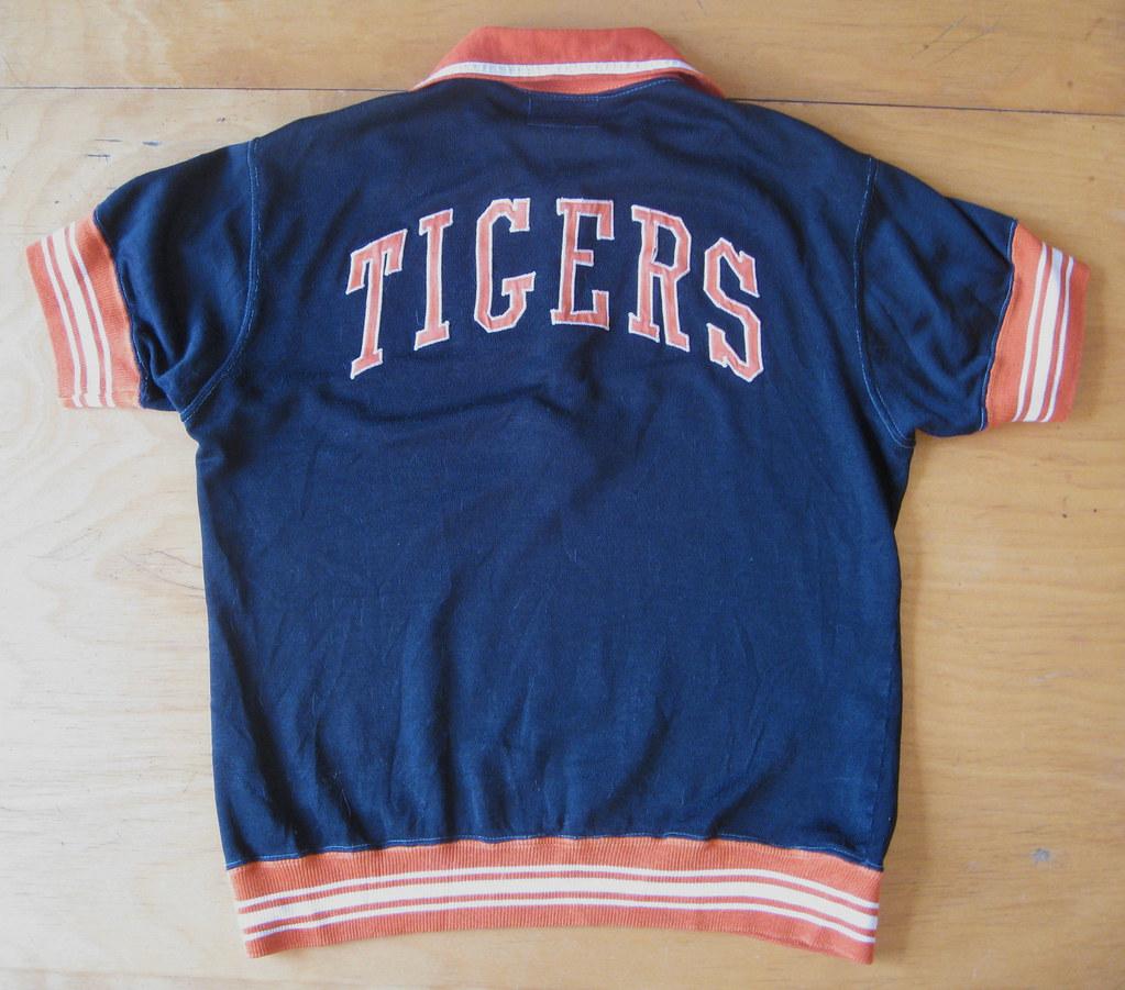 2c452d049 Closet Case, Vol. 5: Fit for a Tiger | Uni Watch