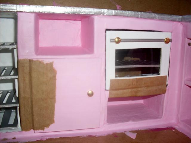BarbieCardboardDollhouse068