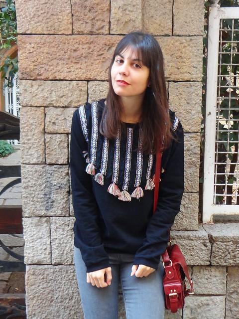 pompon sweatshirt-poziomka (3)
