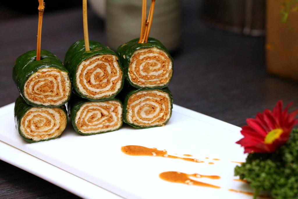 Quan Hotpot: Sesame Spinach Wrap