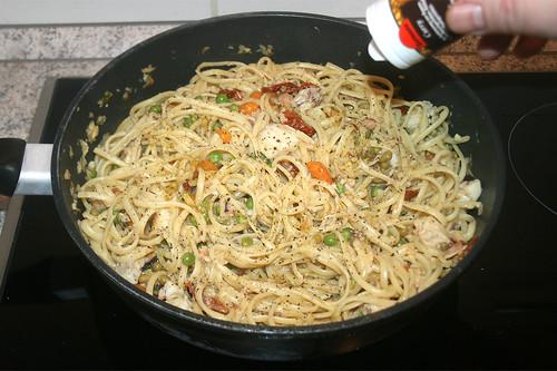 38 - Mit Gewürzen abschmecken / Taste with spices