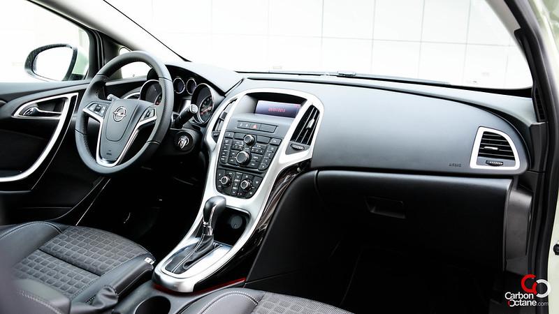 2013 - Opel Astra GTC interior.jpg