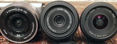 """SIGMA """"30mm F2.8 EX DN"""" """"SIGMA 19mm F2.8 EX DN"""" SONY """"E PZ 16-50mm F3.5-5.6 OSS"""""""