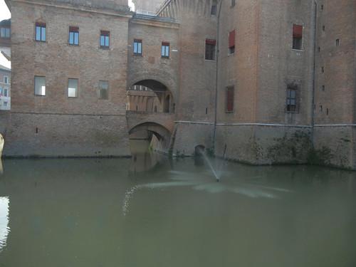 DSCN3681 _ Castello Estense, Ferrara, 17 October
