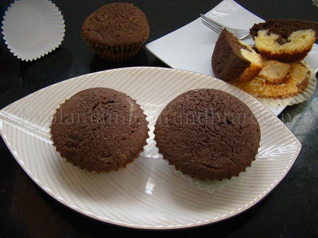 eggless vanilla choco muffins